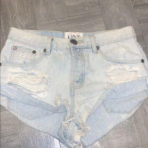 One by Teaspoon bandits denim shorts size 25